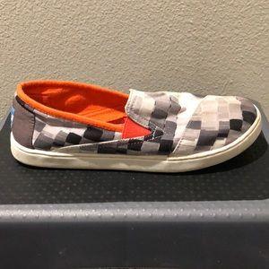 TOMS Slip On Sneaker